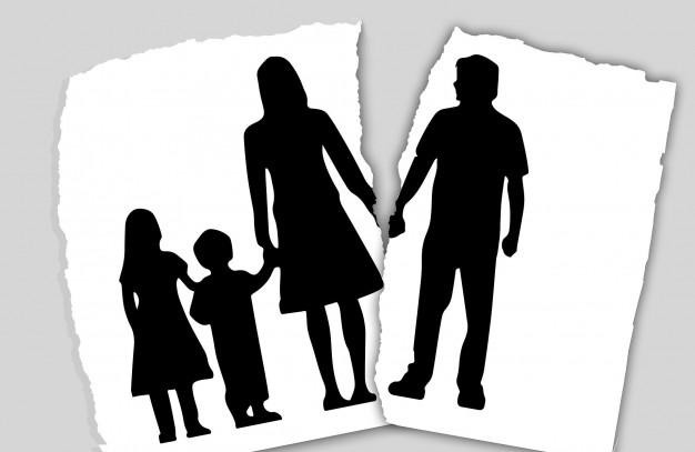 Familie (zerrissen)